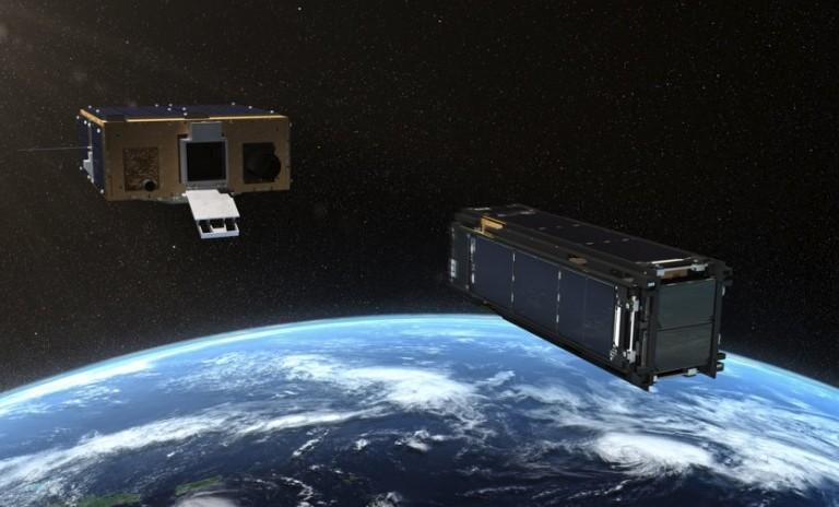 Аппарат Prox 1 выстреливает контейнер со спутником LightSail2