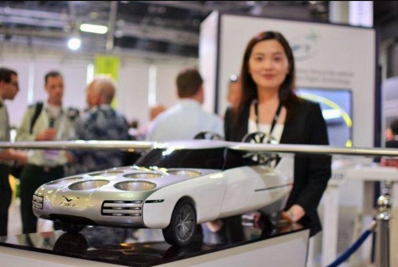 Прототип летающей машины на неделе EcoMotion