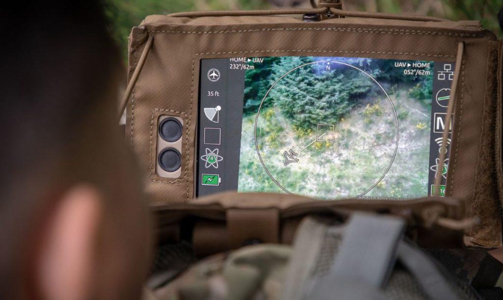 Мини дроны Flir транслируют видео оператору