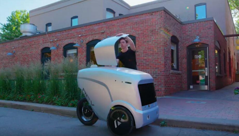 Ресторан партнер обеспечит работой робота-курьера